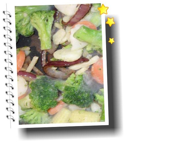 suppe med wokgrønnsaker