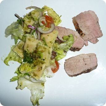 raviolisalat med svinefilet